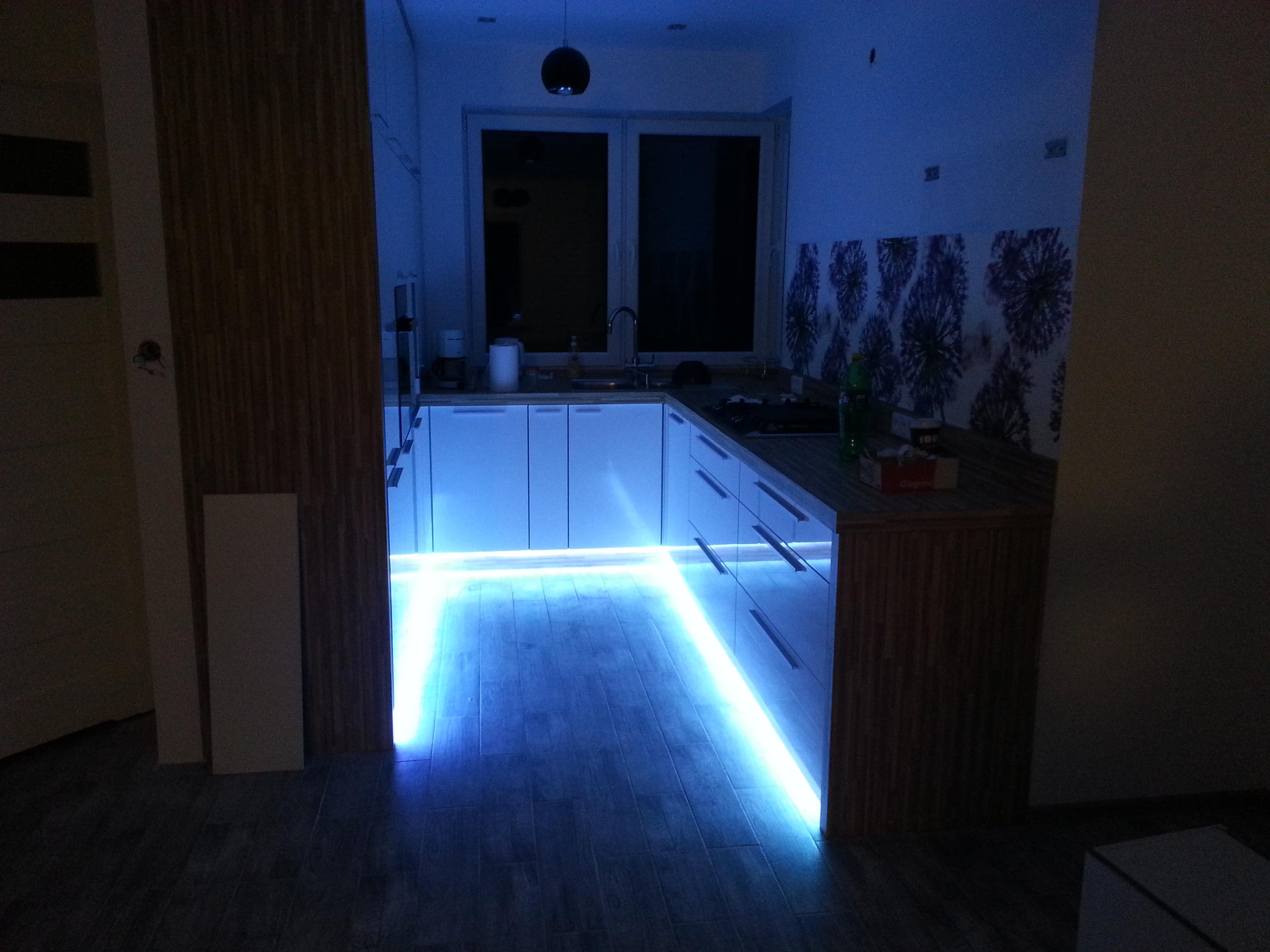 sterowanie oświetleniem smart dom inteligentne systemy