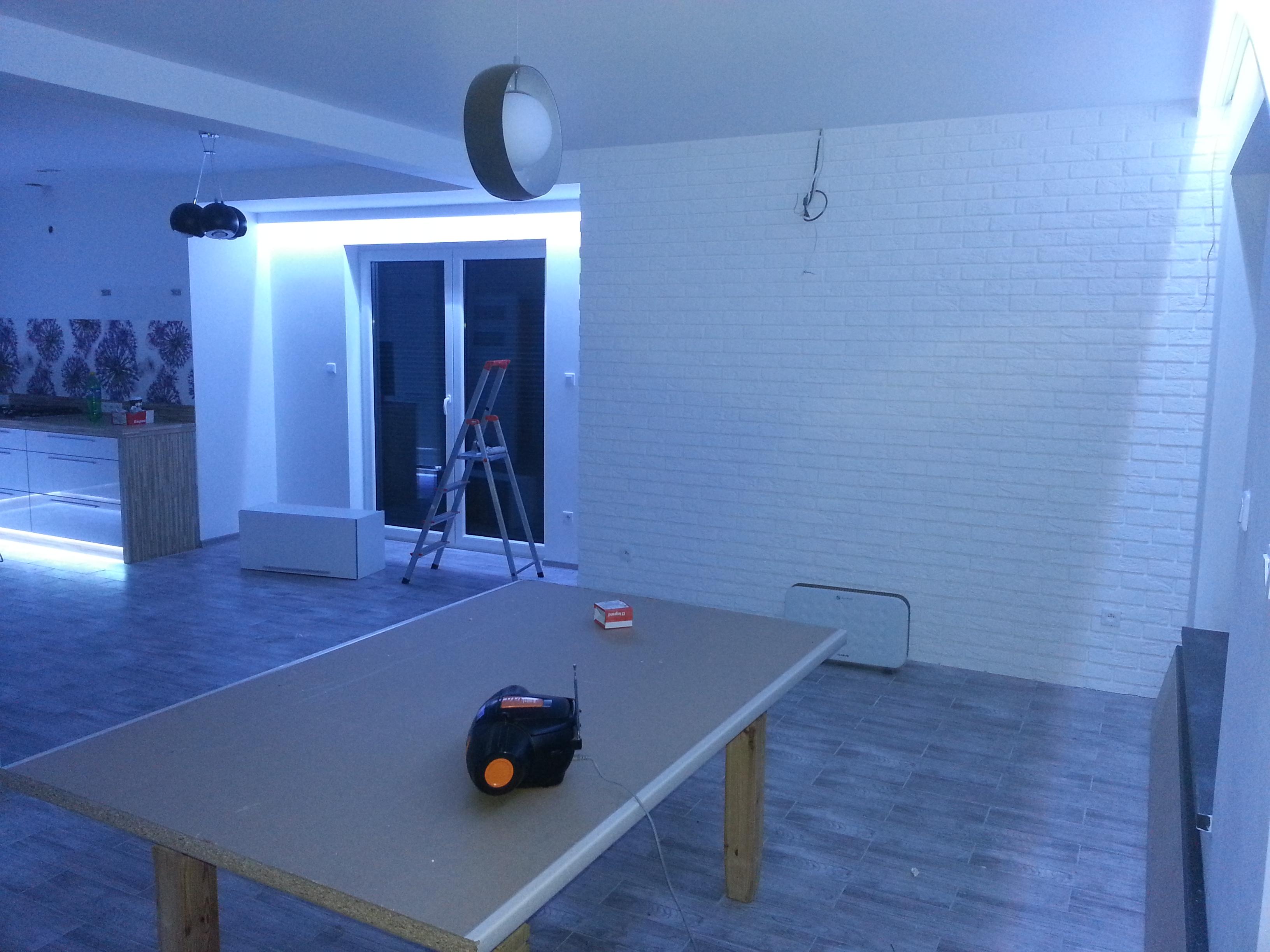 dostosowywanie oświetlenia do potrzeb inteligentny dom