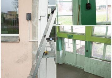 instalacja systemu kontroli dostępu w Szkole we Wleniu