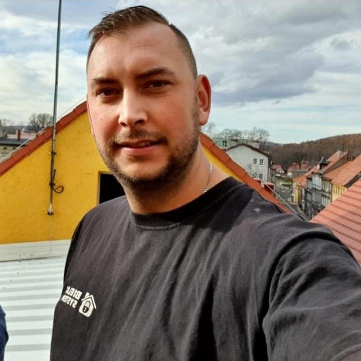 Bielak-Systemy - Starszy Instalator - Mateusz Roszak